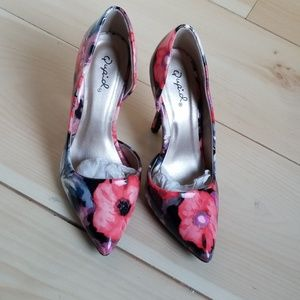 Floral heel shoes
